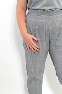 GREY CHECKED PLUS SZIE TROUSERS