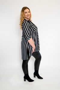 LADIES PLUS SIZE SHIRT BLACK AND WHITE STRIPE WITH POCKETS