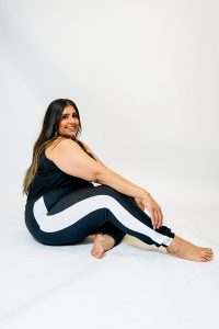 PLUS SIZE BLACK JOGGING BOTTOMS WITH WHITE SIDE PANEL SIDE.