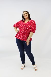 RED_SNAKE_PRINT_PUFF_SLEEVE_PLUSSIZE_BLOUSE