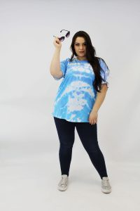 blue_and_white_tie_dye_plussize_tshirt